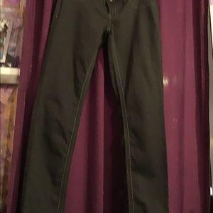 NWOT black stretch jeans